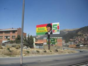 """Evo SI"" billboard in La Paz, Bolivia"