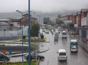 Traffic on Av. Cultura during rainseason in Cusco