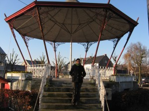 The gazebo in the main square in Oostakker