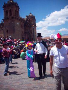 desfile plaza de armas cusco
